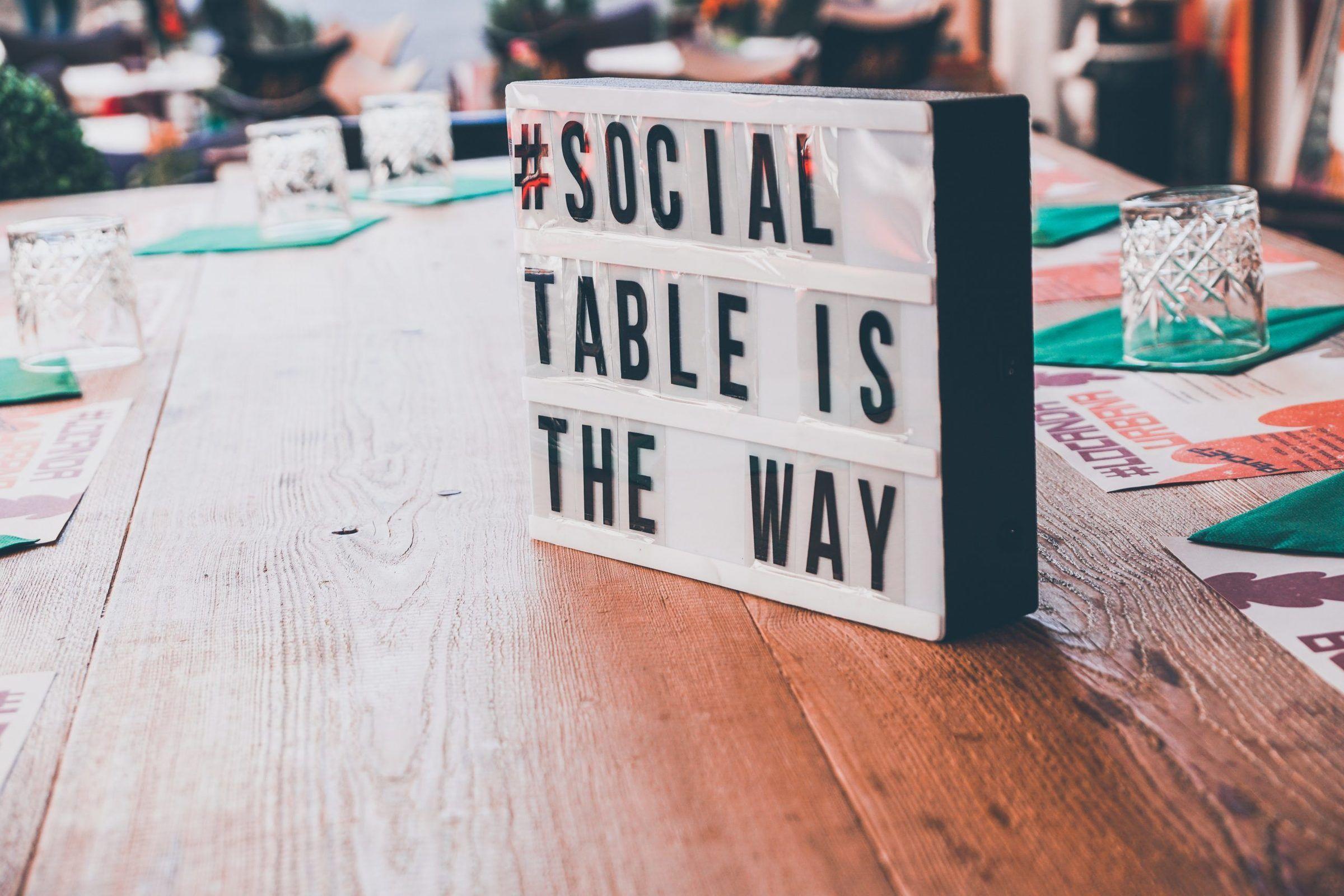 coût de gestion des médias sociaux